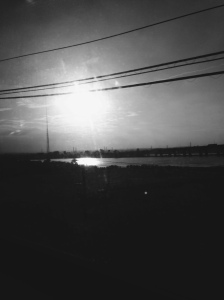 Subpar iPhotog on train ride home