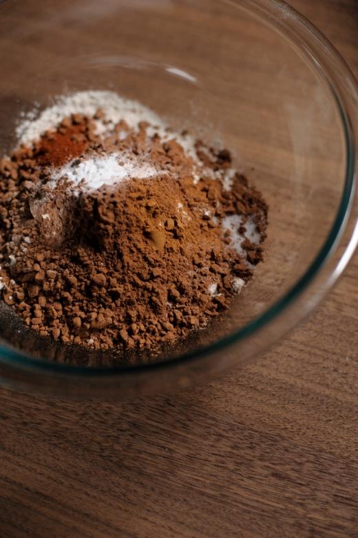 rubber-scraper-mvt_chocolate-chili-cookies_carmen-ladipo_0039