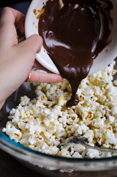 rubber-scraper-mvt_chocolate-speculoos-popcorn_carmen-ladipo-january-2017_0013